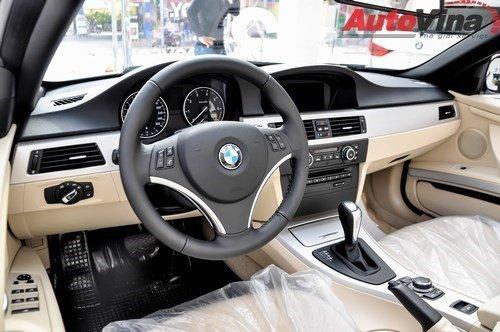 Cần bán BMW 3 Series đời 2011, màu trắng, nhập khẩu chính hãng chính chủ-3