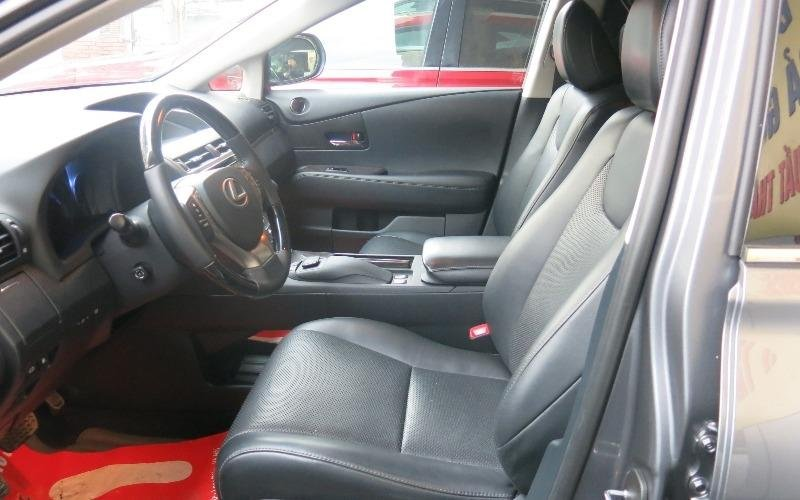 Bán xe Lexus RX sản xuất 2013, nhập khẩu nguyên chiếc, xe ít sử dụng còn rất mới-4