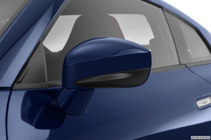 Đánh giá đèn hậu xe Nissan GT-R Premium 2015