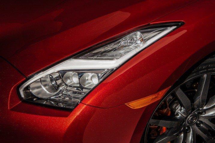 Đánh giá đèn pha xe Nissan GT-R Premium 2015