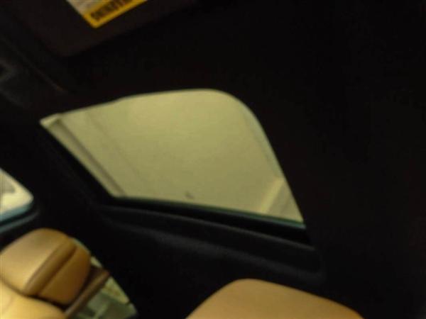 Bán BMW X6 cũ màu trắng, nhập khẩu nguyên chiếc-5