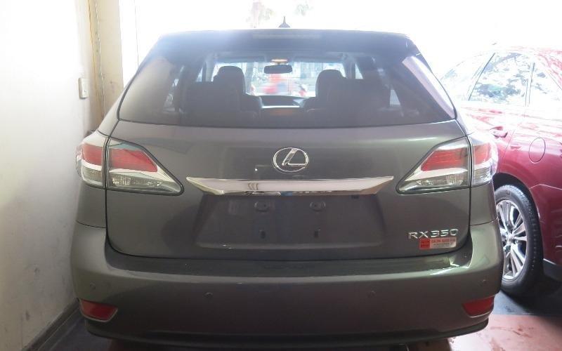 Bán xe Lexus RX sản xuất 2013, nhập khẩu nguyên chiếc, xe ít sử dụng còn rất mới-6