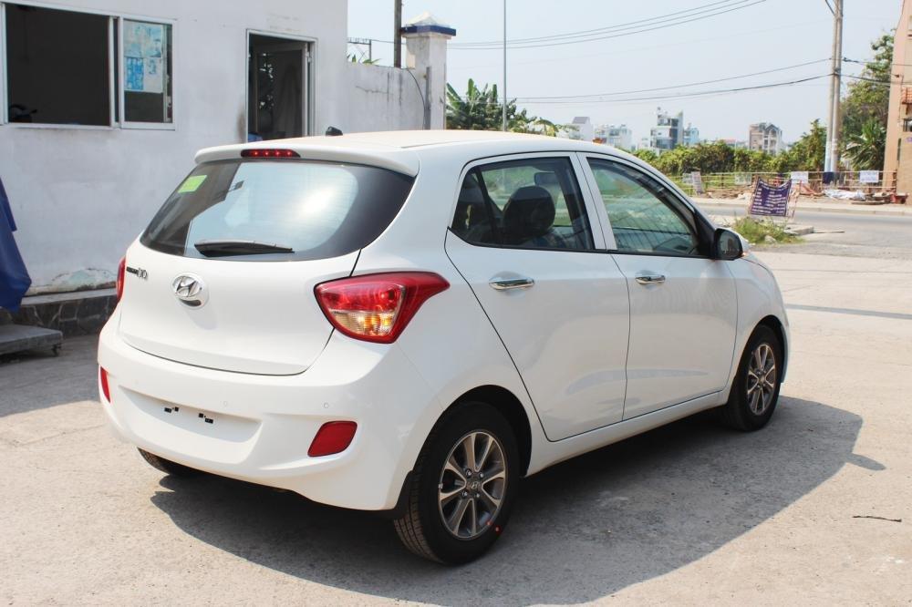 Hyundai i10 đời 2015, màu đỏ, nhập khẩu chính hãng-2