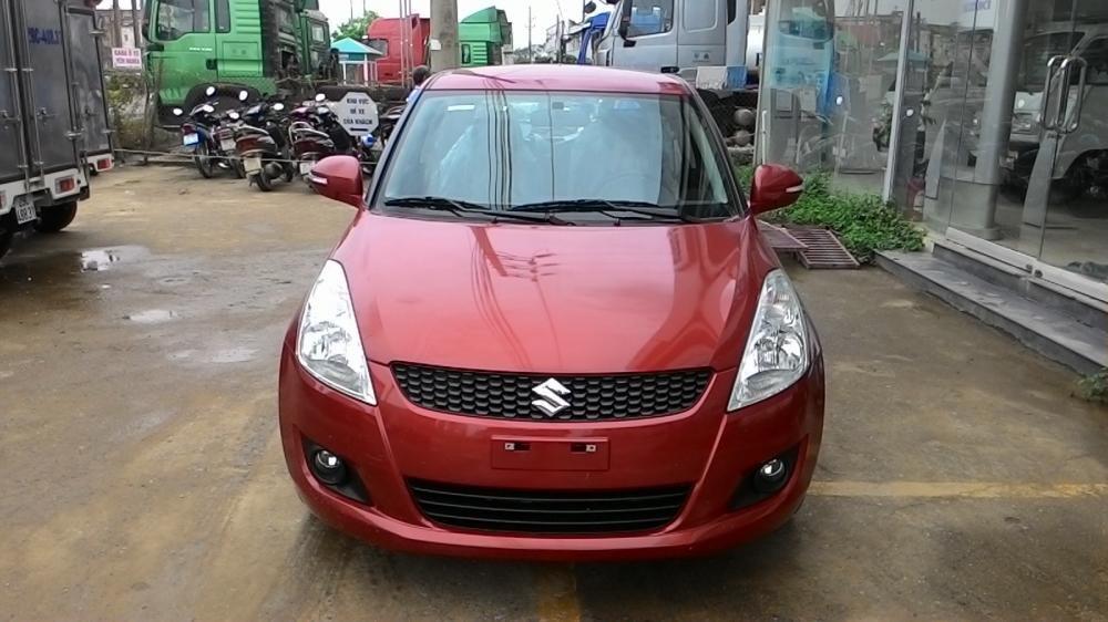 Cần bán xe Suzuki Swift đời 2015, màu đỏ-1