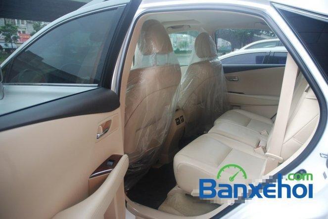 Xe Lexus RX 450H cũ màu trắng đang được bán. Xe được sản xuất năm 2012, đã đi 20000 km-15