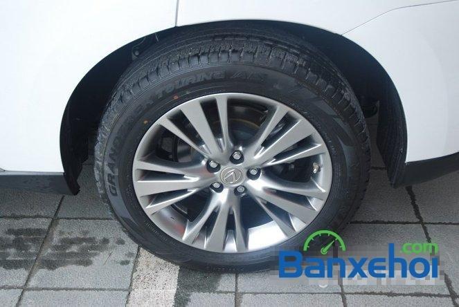 Xe Lexus RX 450H cũ màu trắng đang được bán. Xe được sản xuất năm 2012, đã đi 20000 km-7