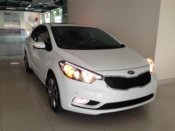 Bán ô tô Kia K3 1.6AT sản xuất 2015, màu trắng, sang trọng, lịch lãm-0