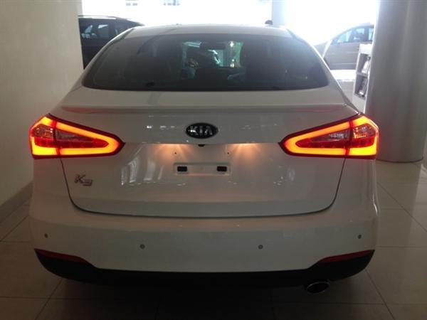 Bán ô tô Kia K3 1.6AT sản xuất 2015, màu trắng, sang trọng, lịch lãm-2