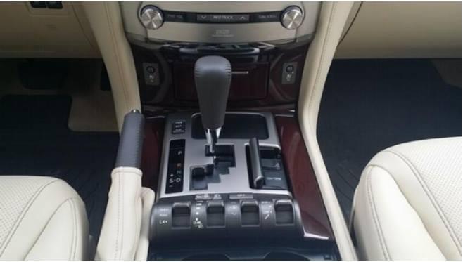 Bán xe Lexus LX sản xuất 2015, màu trắng, xe có giấy tờ thủ tục giao ngay-6
