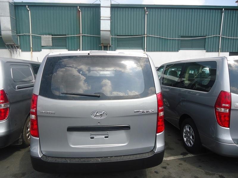 Bán xe Hyundai Starex đời 2015, màu bạc, nhập khẩu chính hãng, 848Tr-7