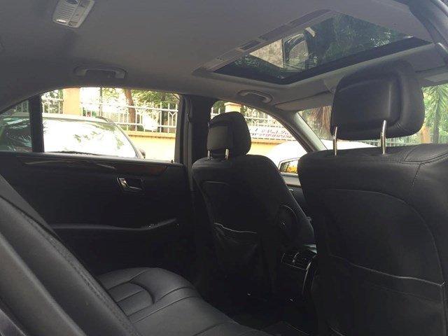Cần bán Mercedes sản xuất 2010, màu đen, nhập khẩu nguyên chiếc, chính chủ-3