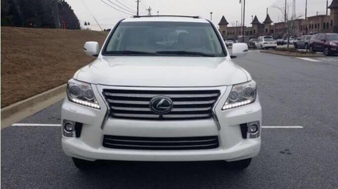 Bán xe Lexus LX sản xuất 2015, màu trắng, xe có giấy tờ thủ tục giao ngay-0