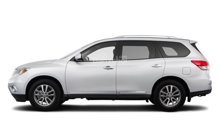 Thân xe của Nissan Pathfinder 2015 được thiết kế hết sức tiện lợi.