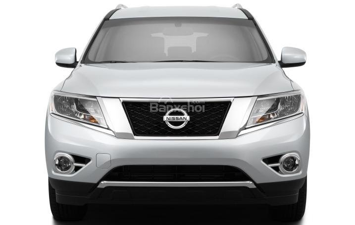 Đầu xe Nissan Pathfinder 2015.