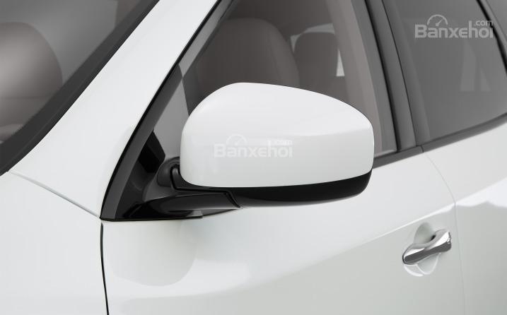 Gương chiếu hậu của Nissan Pathfinder 2015.