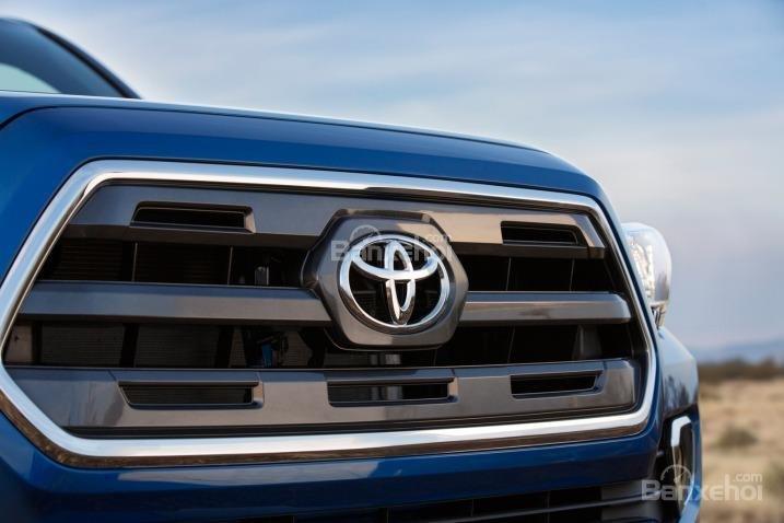 Đánh giá lưới tản nhiệt xe Toyota Tacoma 2016