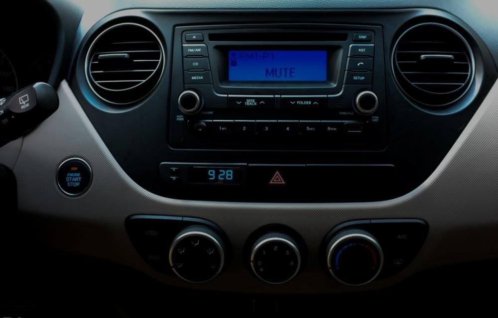 Đánh giá trang bị tiện nghi xe Hyundai Grand i10 2014