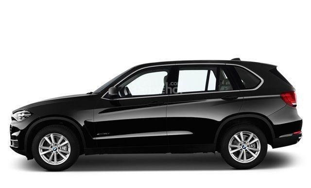 Thân xe BMW X5 2015 có nhiều nét giống với mẫu xe của Volvo.