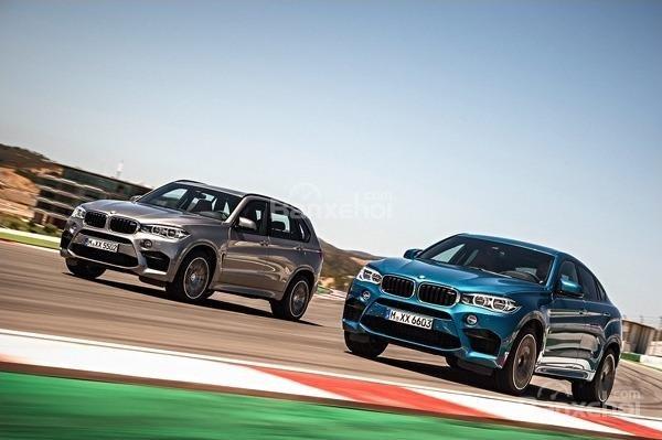BMW X5 2015 được nâng cấp nhẹ nhằm cải thiện khả năng tiêu thụ nhiên liệu.