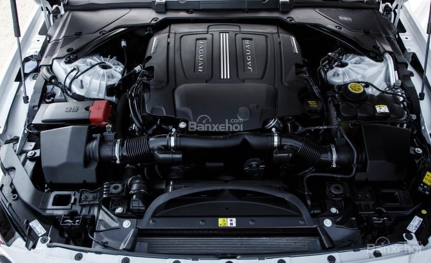 Động cơ Jaguar XF 2016 2
