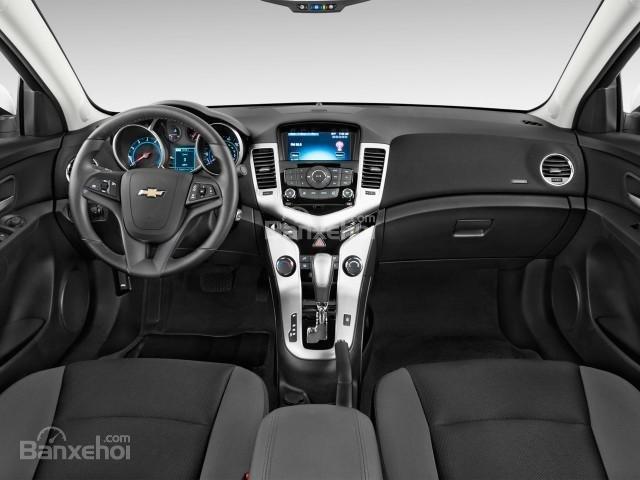 Nội thất của Chevrolet Cruze 2016 mang phong cách hoàn toàn mới.