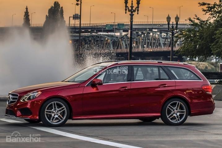 Đánh giá cảm giác lái xe Mercedes-Benz E-Class 2015