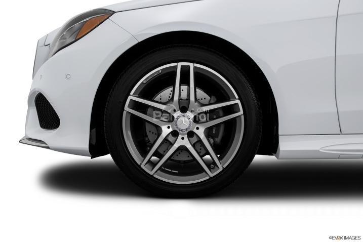 Đánh giá bánh xe Mercedes-Benz E-Class 2015