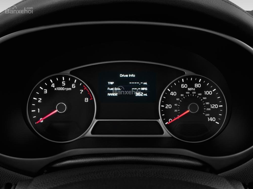 Cụm đồng hồ lái của Kia Soul 2015.