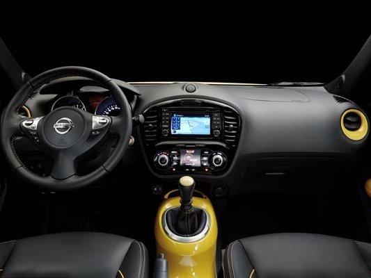 Nội thất của Nissan Juke 2015.