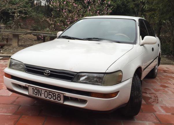 Toyota Corolla đời 1997, màu trắng, giá tốt-0