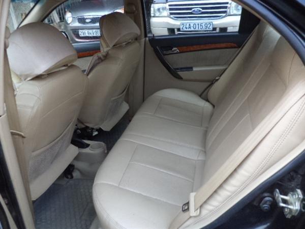 Xe Daewoo Gentra đời 2009, màu đen, xe đẹp-4