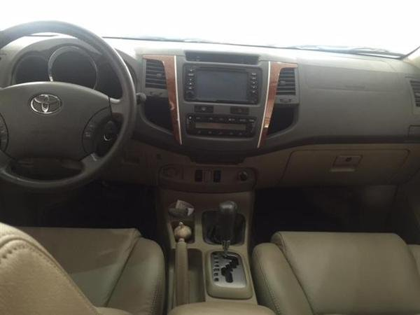 Hải Tuấn Auto cần bán xe Toyota Fortuner 2010, màu đen, 770 triệu-3
