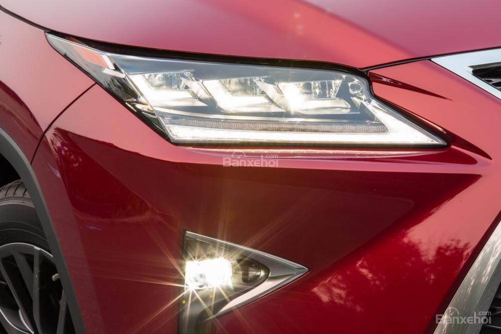 Đánh giá đèn sương mù xe Lexus RX 2016