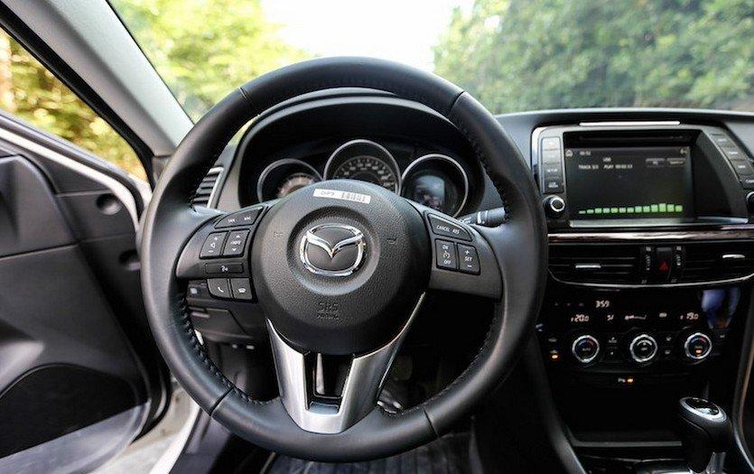 Mazda6 bị chê vì đơn điệu trong thiết kế nội thất 2