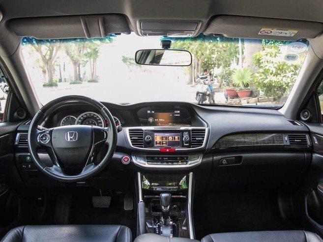 Nội thất của Honda Accord 2015.