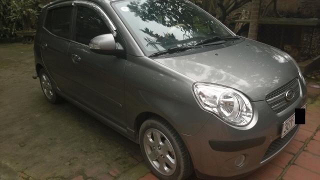 Cần bán Kia Morning SX đời 2010, màu bạc, xe đẹp như mới-0