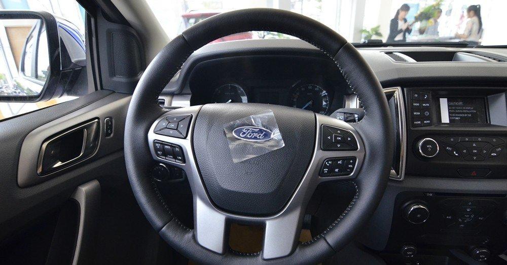 Vô-lăng của Ford Ranger 2016.