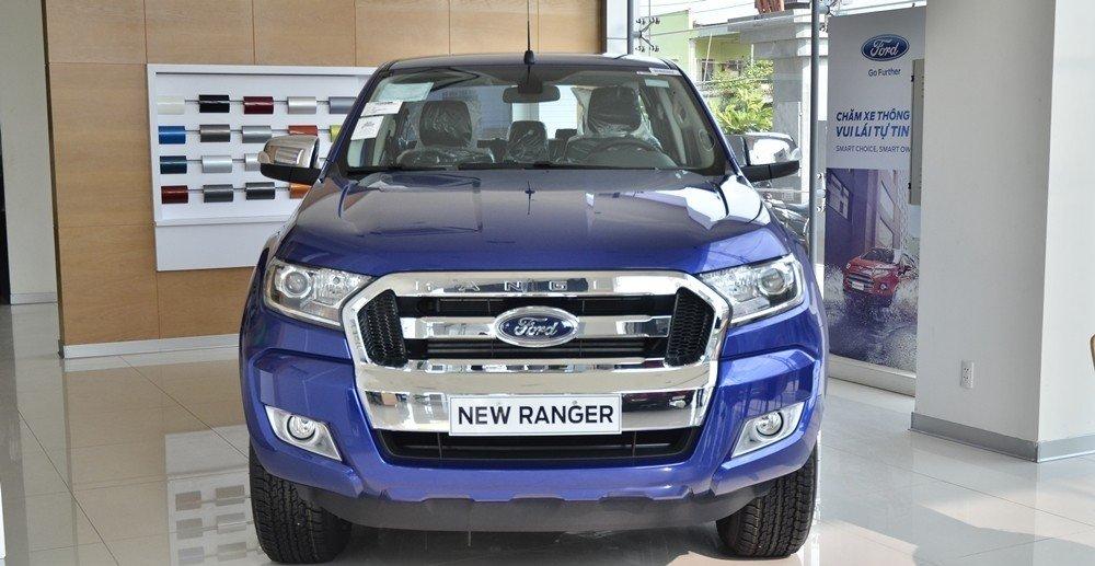 Đầu xe Ford Ranger 2016.