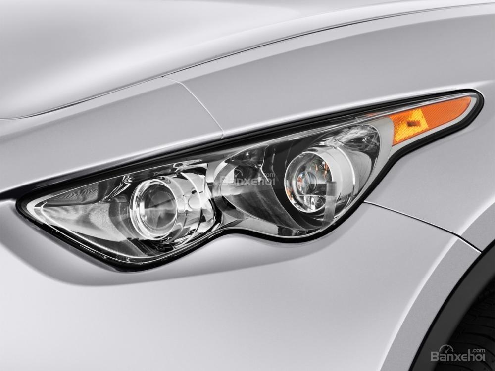 Đánh giá đèn pha xe Infiniti QX70 2015