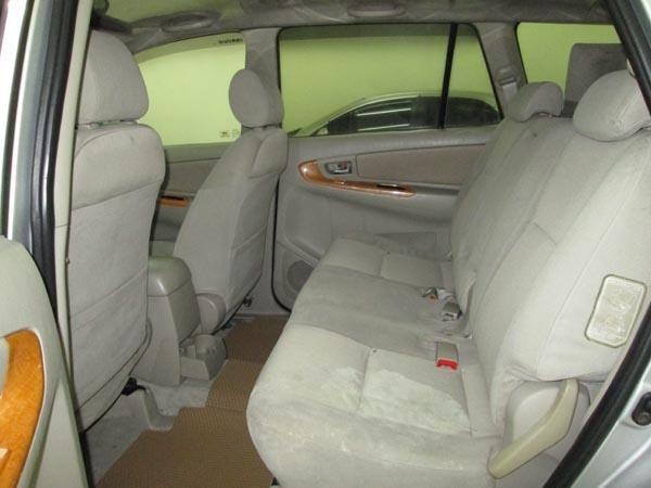 Cần bán gấp Toyota Innova G sản xuất 2009, màu bạc, chính chủ-5