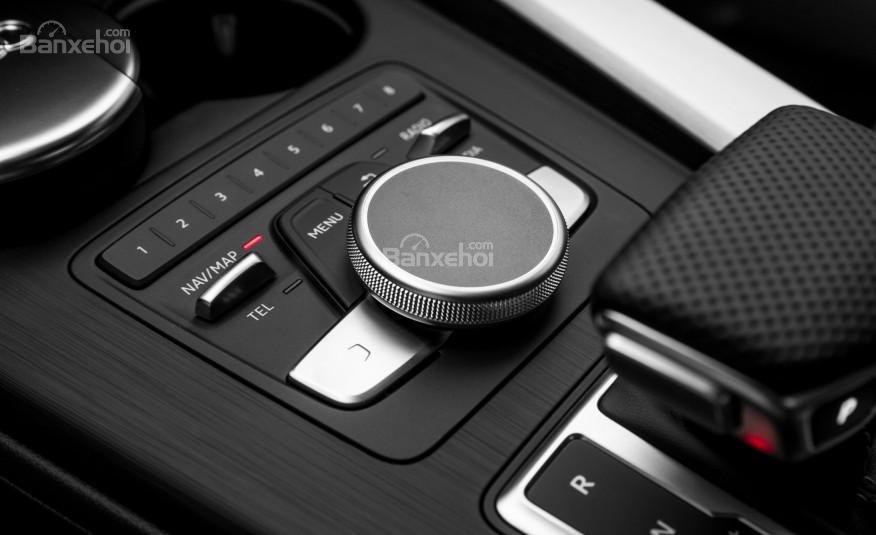Đánh giá nút điều khiển xe Audi A4 2017