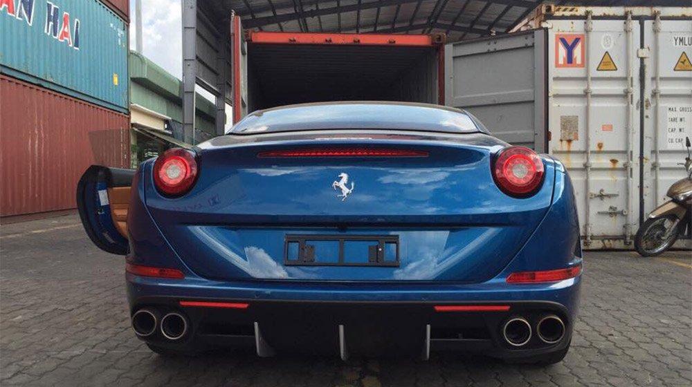 Với động cơ cải tiến, Ferrari California T 2015 cho sức mạnh tới 560 mã lực 1