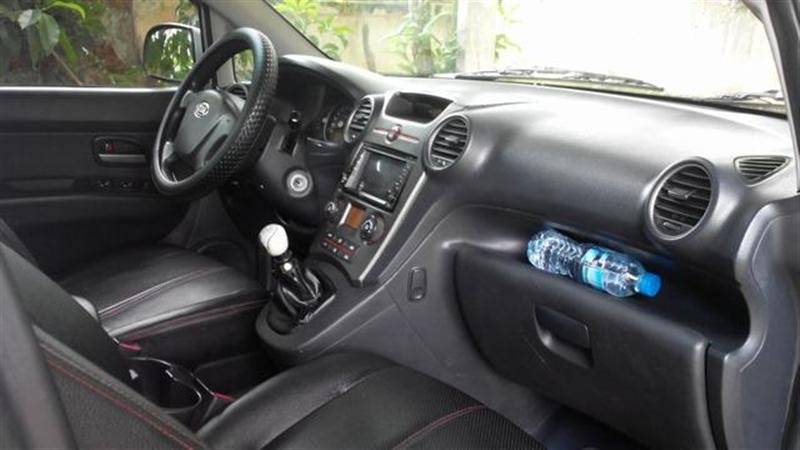 Kia Carens, sản xuất và đăng kí năm 2010-5