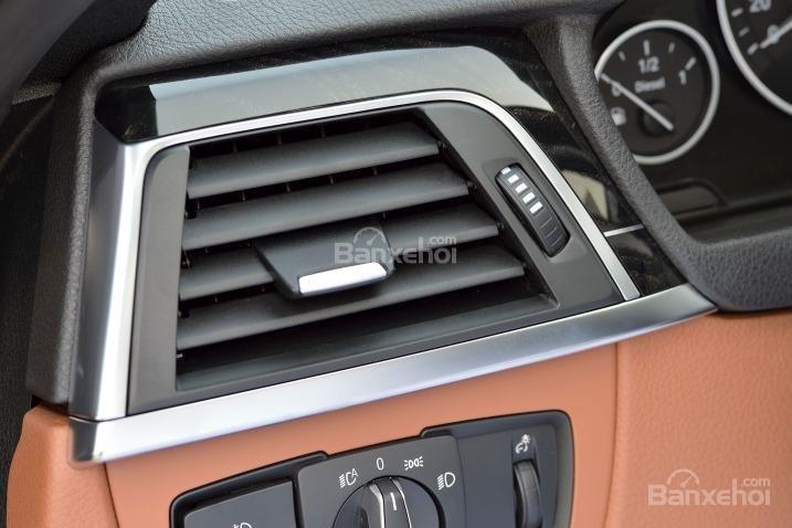 Các chuyên gia đánh giá xe BMW 3 Series 2016 đánh giá cao về chất lượng chất liệu sử dụng trong cabin xe 1.
