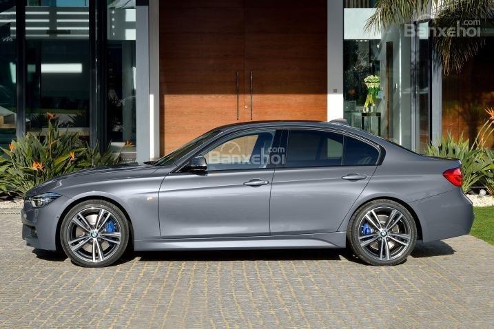 Đánh giá xe BMW 3 Series 2016: thân xe không có nhiều thay đổi so với người tiền nhiệm.