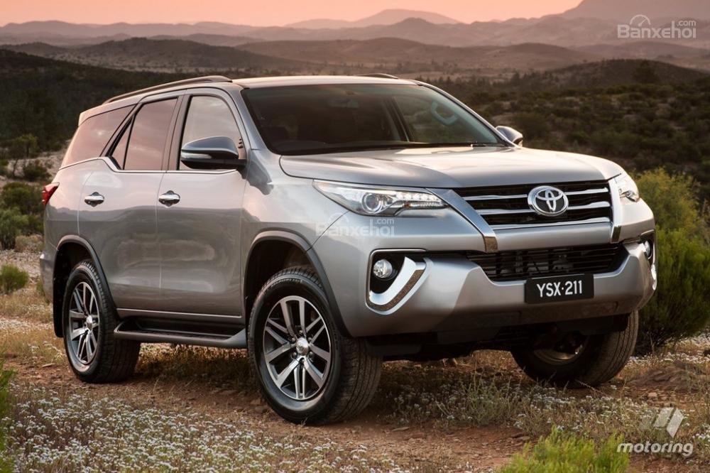 Toyota Fortuner 2016 1