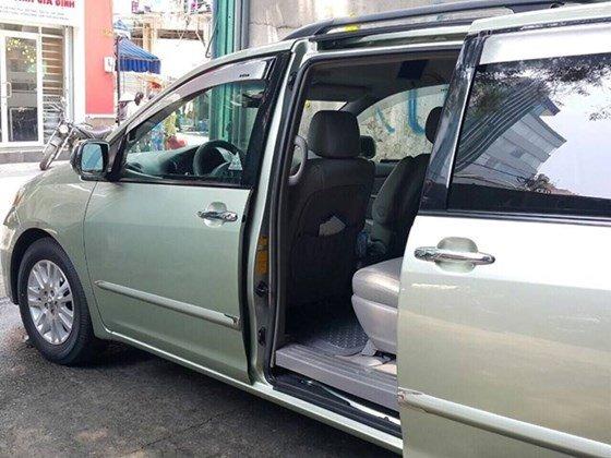 Cần bán xe Toyota Sienna 3.5 LE Parkit 3, sản xuất 2008, màu xanh ngọc, xe 2 cửa điện-6