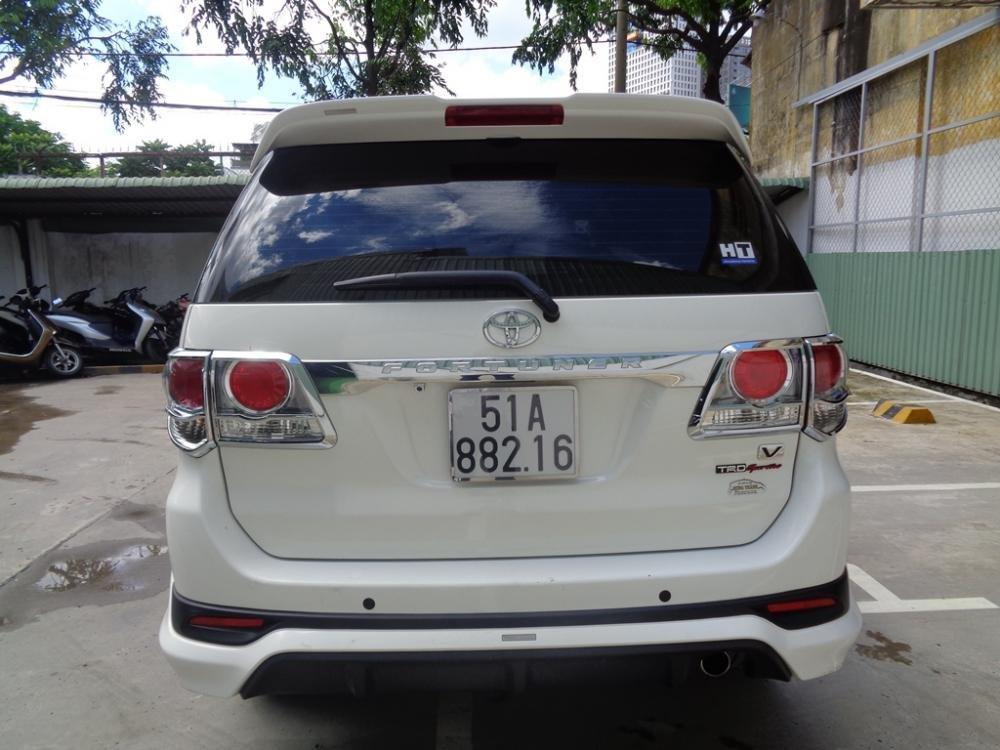 Toyota Camry 2.7 V TRD màu trắng 1 cầu sản xuất 2014 cần bán-3