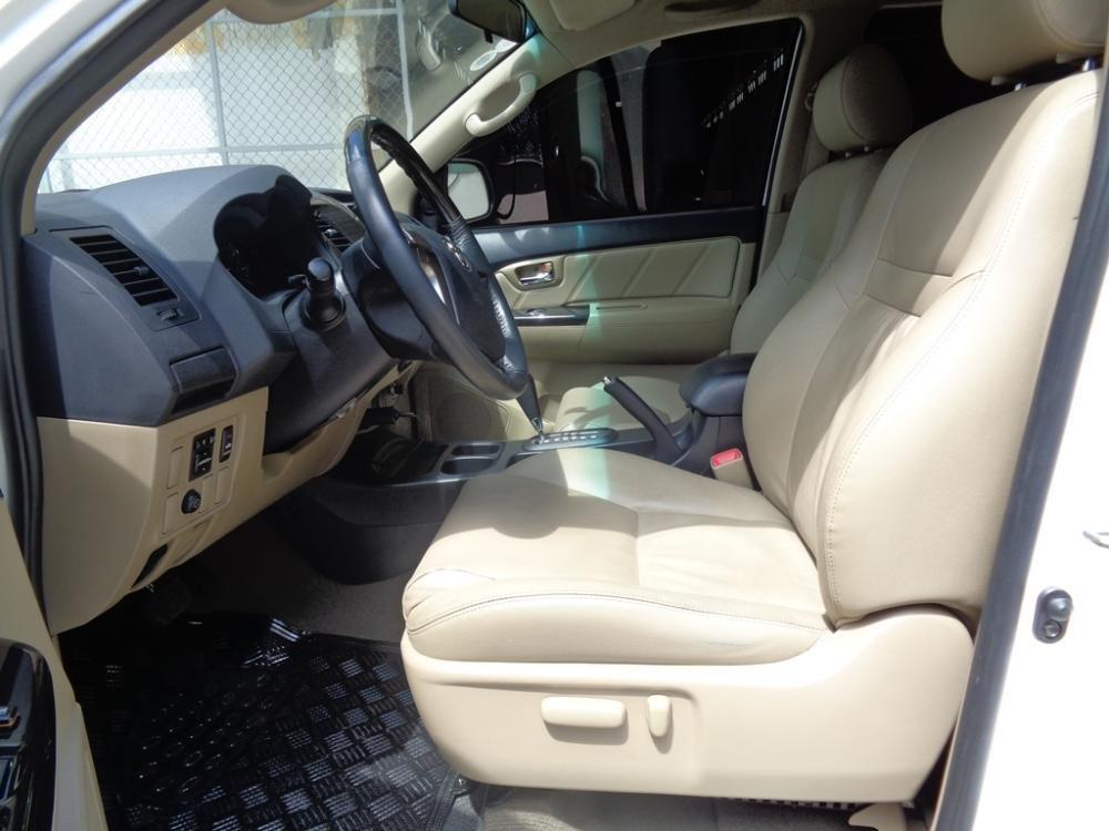 Toyota Camry 2.7 V TRD màu trắng 1 cầu sản xuất 2014 cần bán-5