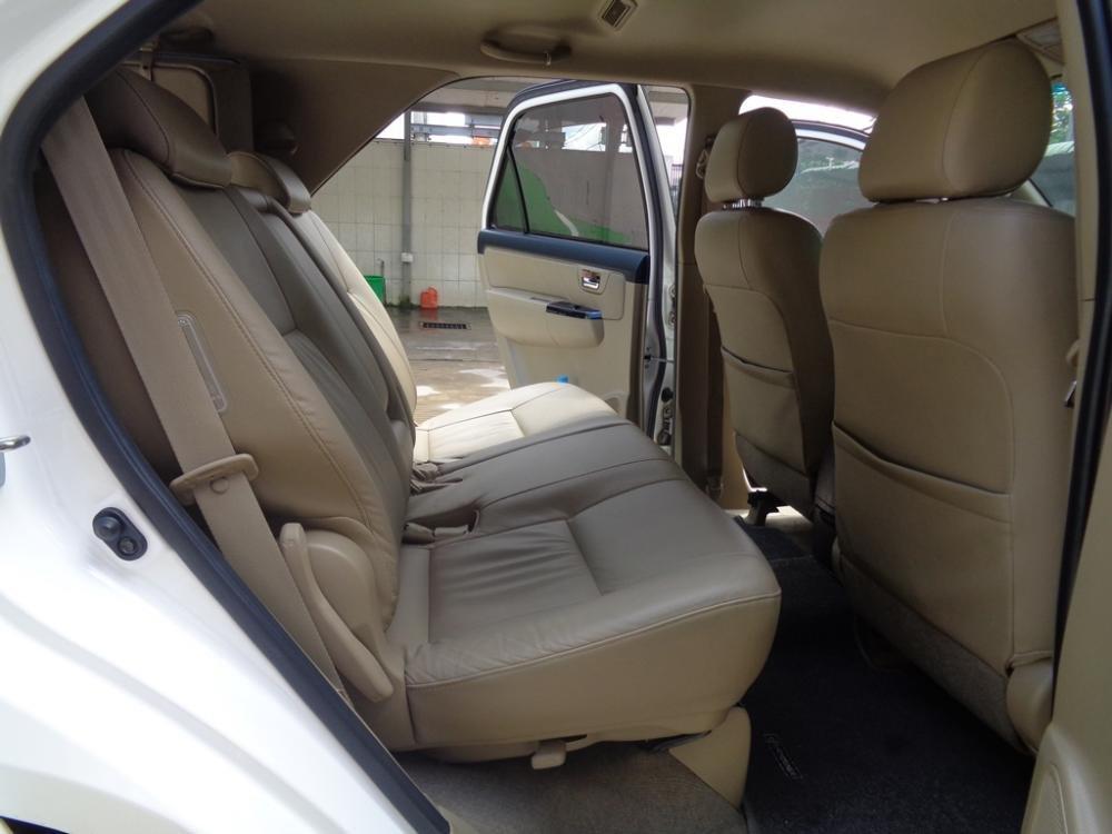 Toyota Camry 2.7 V TRD màu trắng 1 cầu sản xuất 2014 cần bán-8
